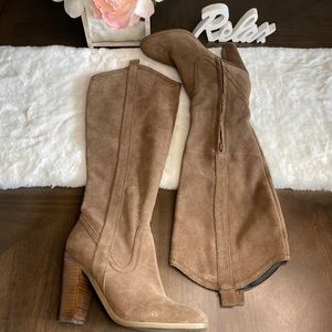 Kenneth Cole Sara tan suede boots